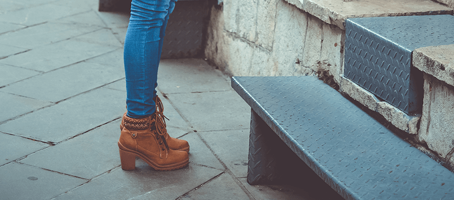 dd13d105dd3 Hoe vallen Isabel Marant Sneakers en Schoenen? - CoutureFashion